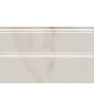 Плинтус Гран Пале белый